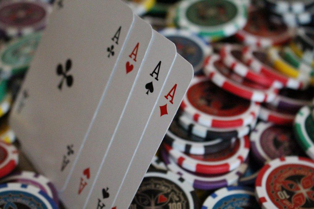 Cara Bermain Game Poker Online Uang Asli yang Menguntungkan